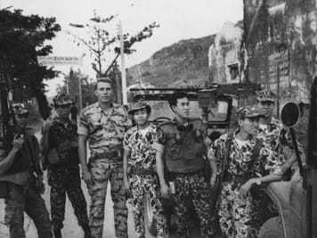 Image of U.S. and Vietnamese troops side by side.