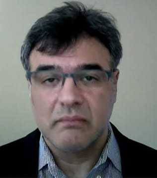 Headshot of Former CIA Officer John Kiriakou.