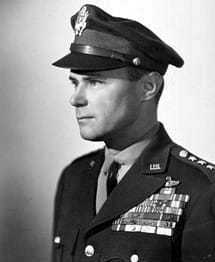 Black and white photo of Lt. Gen. Vandenberg in military garb.